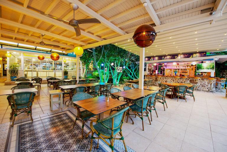 Tonoz Garden Restaurant & Bar